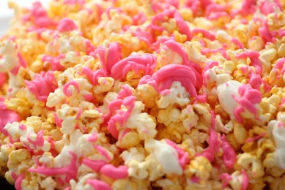 white chocolate popcorn2